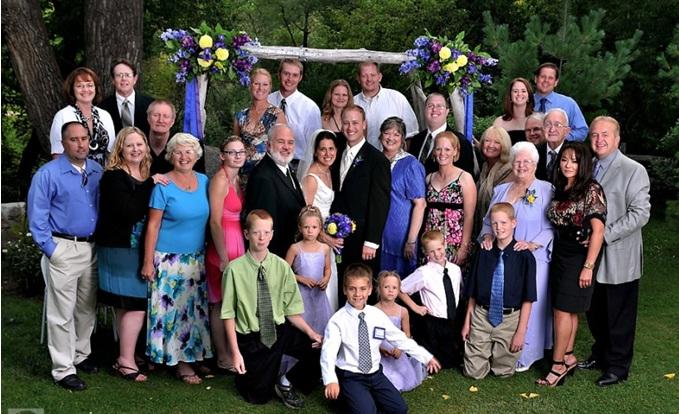 ảnh cưới chụp cùng gia đình