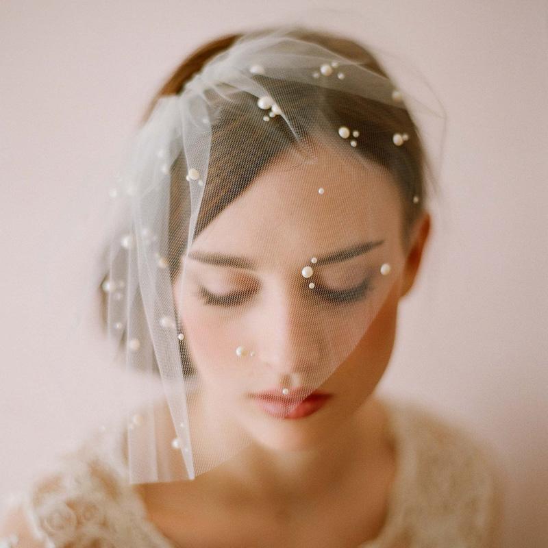 Bí quyết trở thành cô dâu quyến rũ với phụ kiện 1
