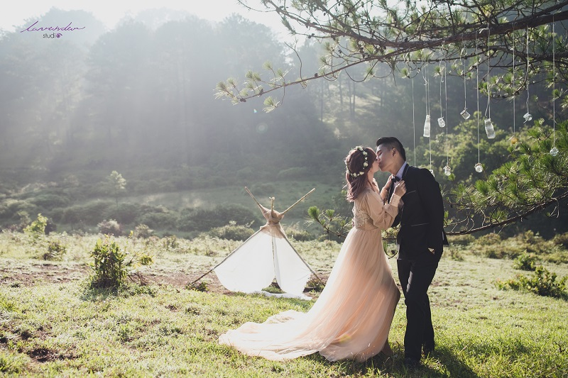 chụp ảnh cưới rừng thông đà lạt