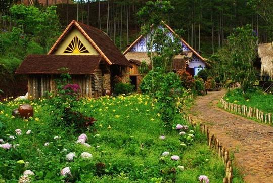chụp ảnh cưới tại làng Cù Lần Đà Lạt
