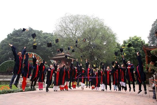 Chụp hình sự kiện-chụp hình kỷ yếu sinh viên tốt nghiệp