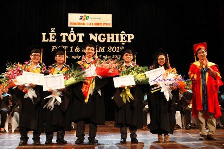 Chụp hình sự kiện-chụp ảnh sự kiện sinh viên tốt nghiệp