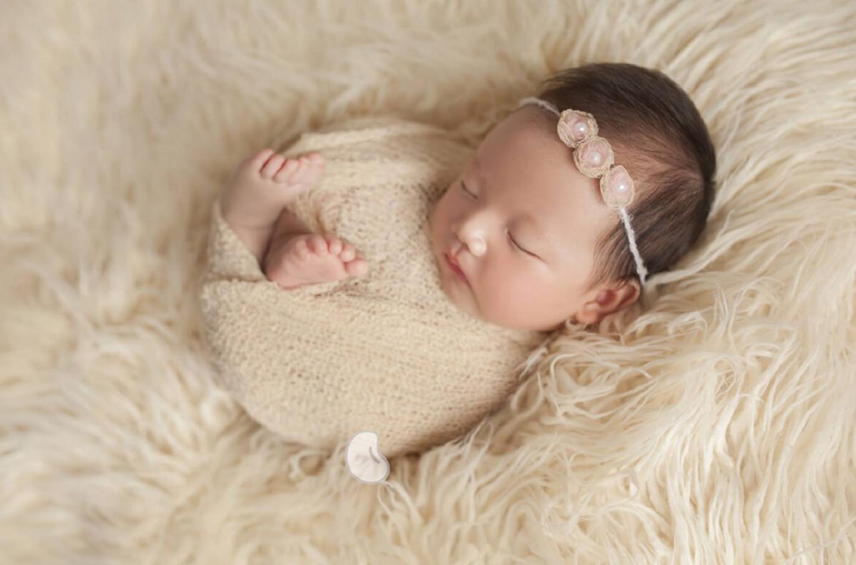 cách chụp ảnh cho bé sơ sinh tại nhà đẹp