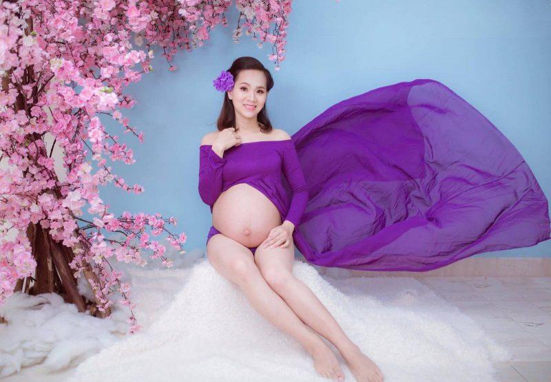 Chụp ảnh cho người có bầu