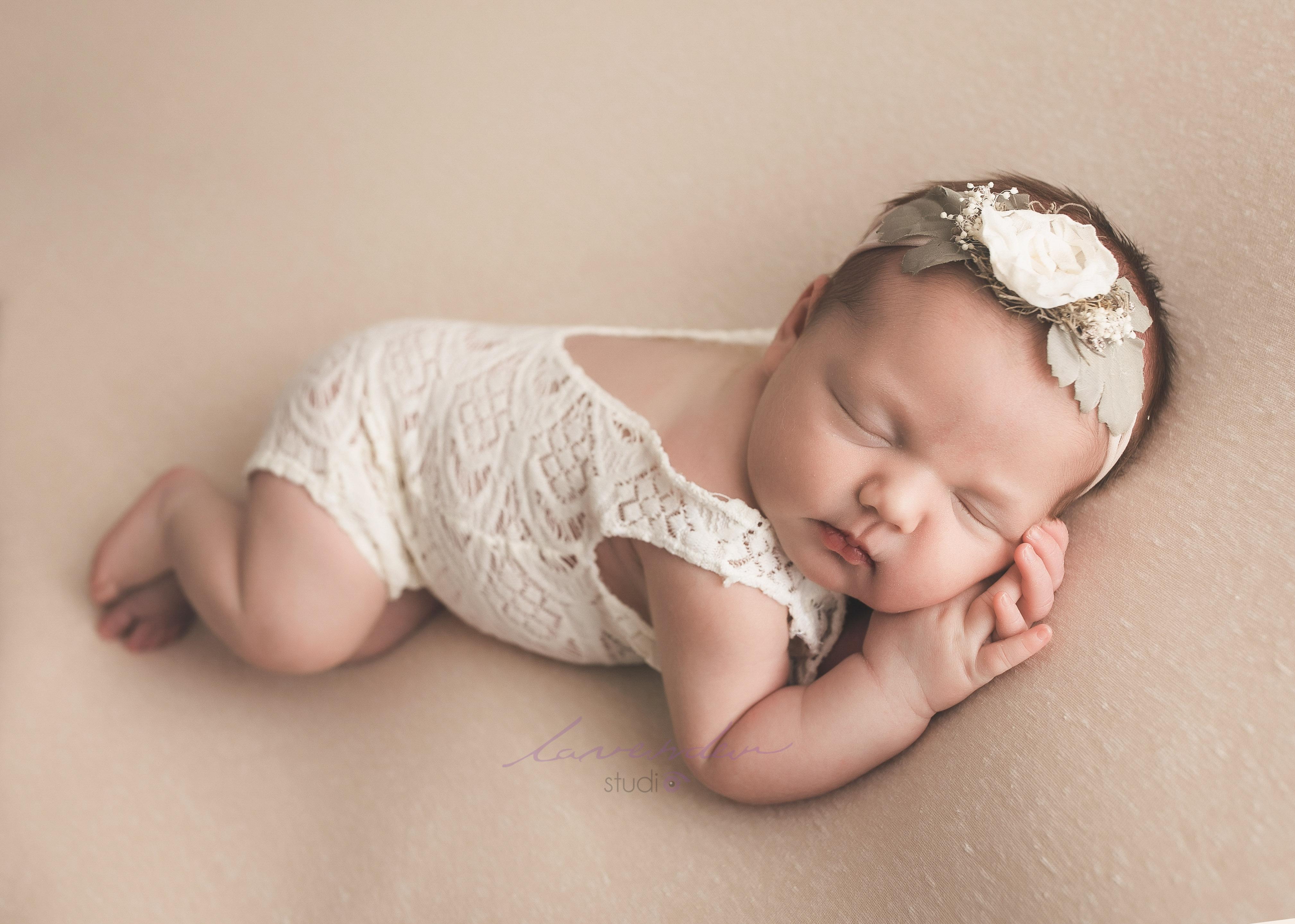 bí quyết chụp ảnh cho bé sơ sinh tại nhà