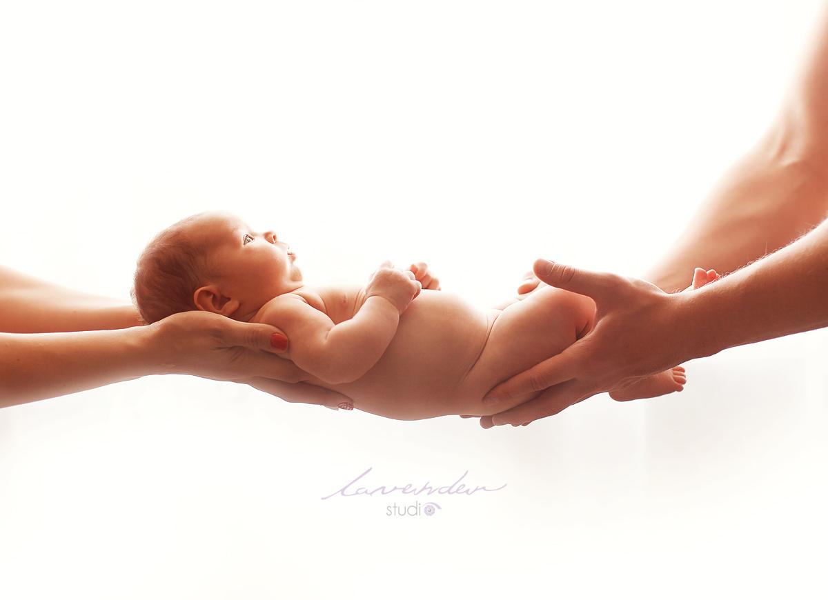 Dịch vụ chụp ảnh sơ sinh cho bé tại nhà