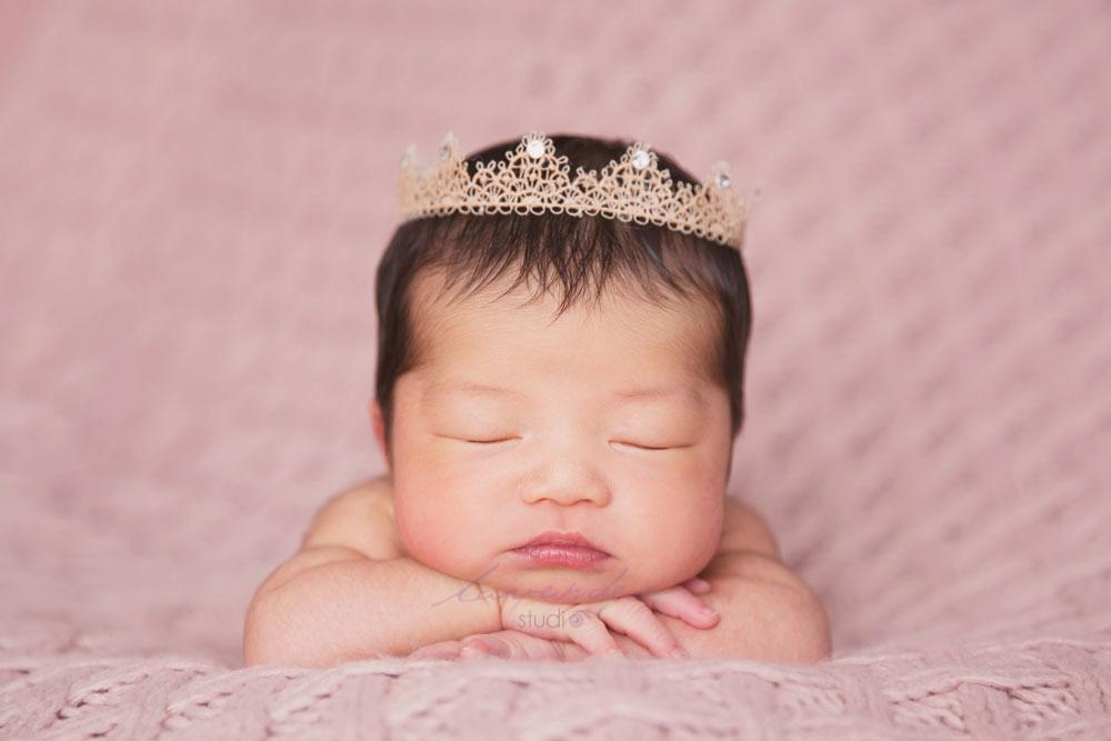 chụp hình cho bé sơ sinh tại nhà tphcm