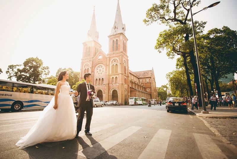 chụp hình cưới ngoại cảnh ở tphcm