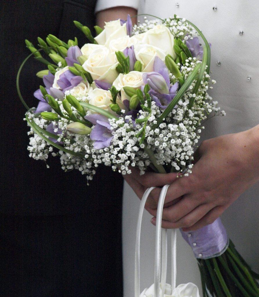 chụp hình cưới theo chủ đề mùa xuân