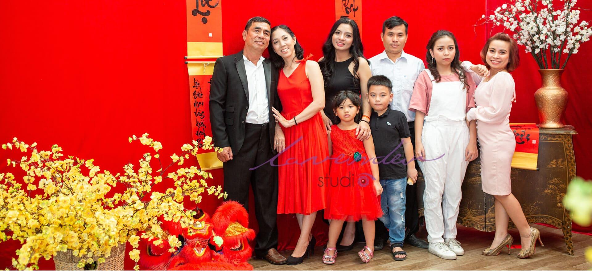 chụp ảnh gia đình Tết đẹp