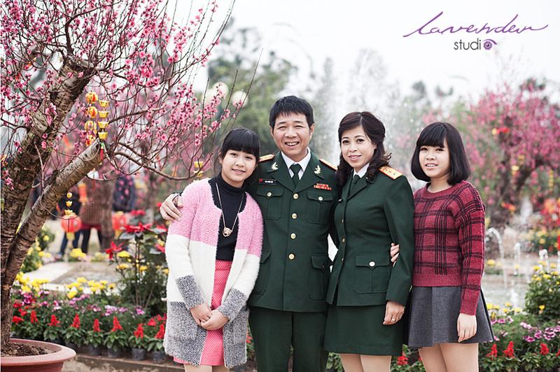 chụp hình gia đình ngày tết