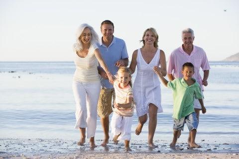 Những ý tưởng chụp ảnh gia đình đẹp nhất ở biển
