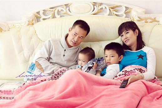 Chụp hình gia đình-chụp hình gia đình ở tphcm đẹp