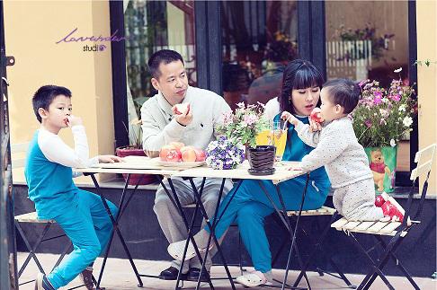 Chụp hình gia đình-chụp hình kỷ niệm gia đình tại tphcm