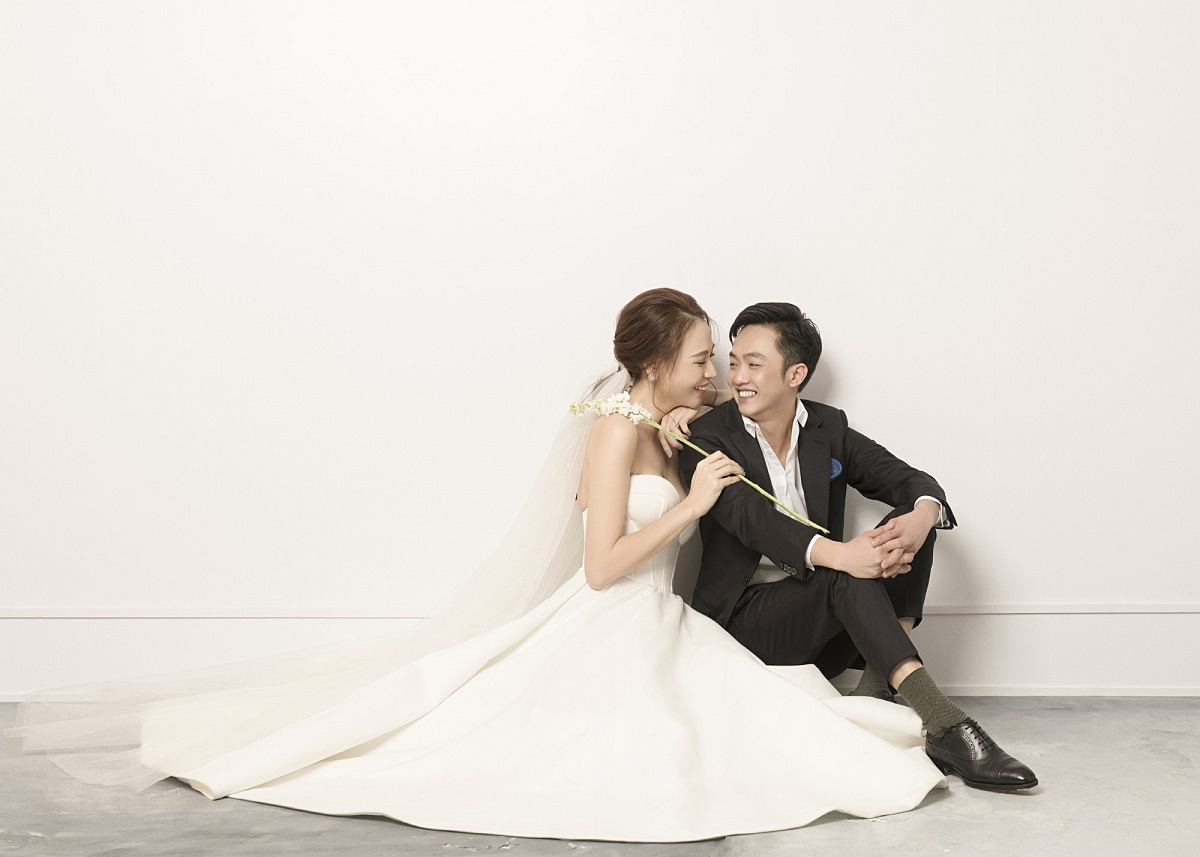 Bộ ảnh cưới chụp tại studio đẹp
