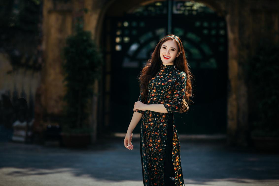 Studio chụp hình nghệ thuật áo dài tại Hà Nội