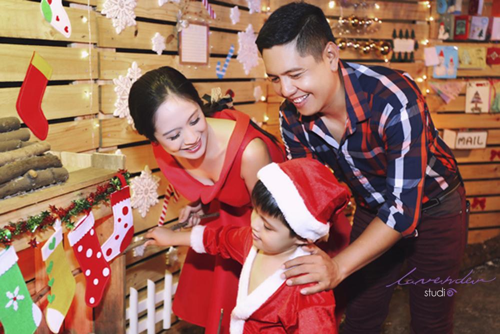 Bảng báo giá chụp hình Noel cho mẹ và bé