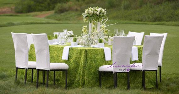Tiệc cưới trang trí ngoài trời