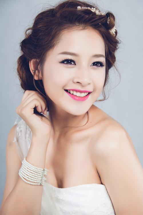 make up cô dâu xinh