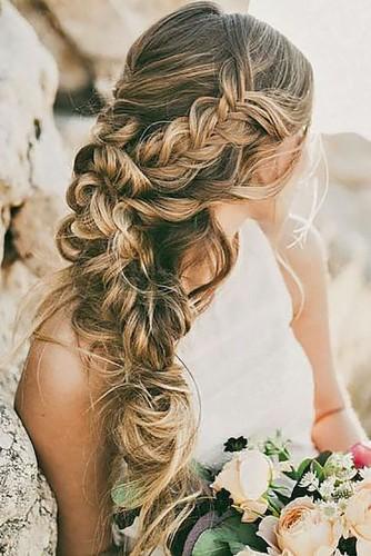 Những-kiểu-tóc-cô-dâu-đẹp-mê-hồn-(10)