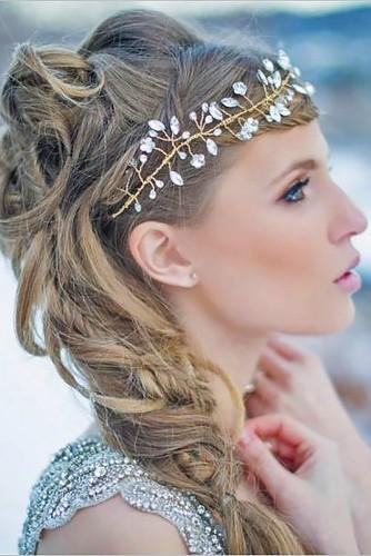 Những-kiểu-tóc-cô-dâu-đẹp-mê-hồn-(4)