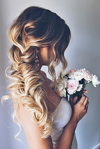 Những-kiểu-tóc-cô-dâu-đẹp-mê-hồn-(8)