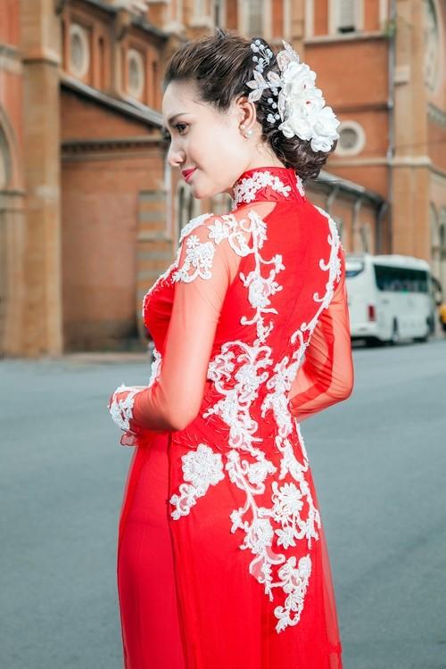 trang điểm cô dâu đẹp ở tphcm