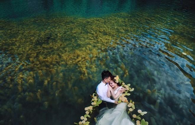 Mách nhỏ những ý tưởng chụp ảnh cưới đẹp như phim cho các cặp đôi